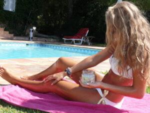Amanprana kokosolie als natuurlijke zonnebrandcreme