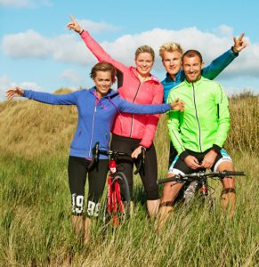 De meters en peters van de North Sea Challenge 2014: Gella Vandecaveye (wandelen), Kim Clijsters (fietsen), Ruben Van Gucht (hardlopen) en Luc Van Lierde (mountain biken).