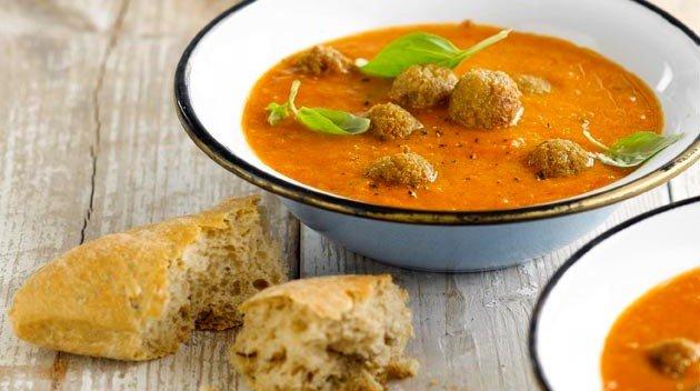 smaakvolle verse soep met vleesvervanger seitan van Bertyn