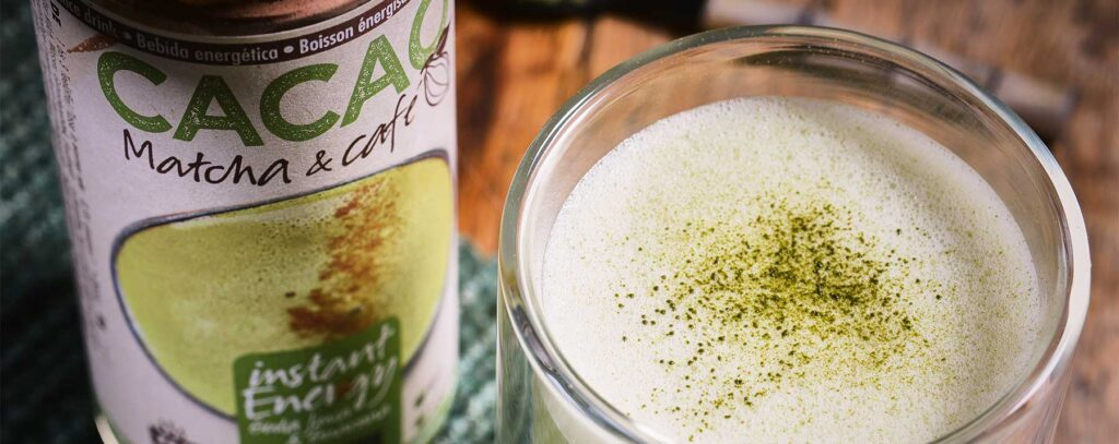 matcha latte with almond milk recipe from Amanprana