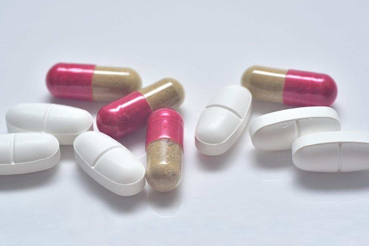 Medikamente und Antibiotika, gefunden in 66 % der untersuchten Flüsse in 72 Ländern.