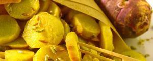 Topinambours ayurvédiques à l'oignon à l'huile de noix de coco
