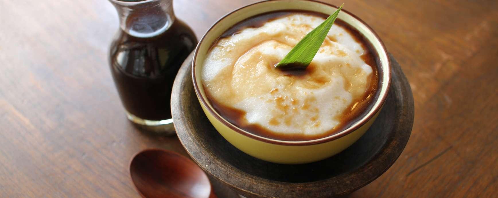 Bubur Sumsum (kokos pudding)