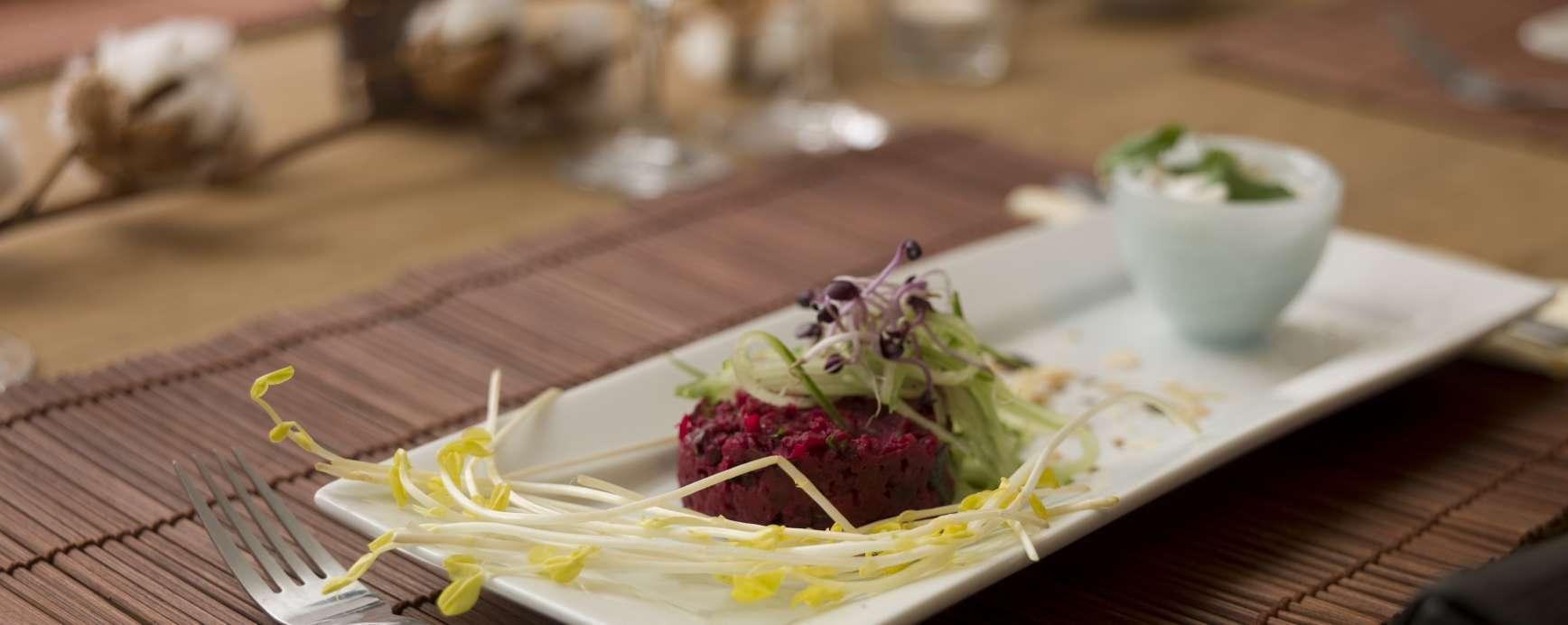 Rote Beete- Hummus