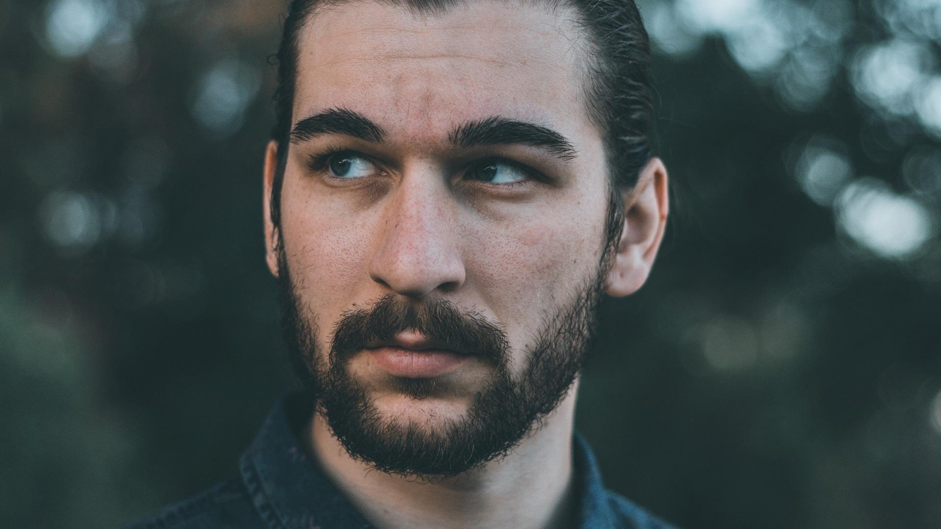 scheerolie van Amanprana voor een verzorgde baard