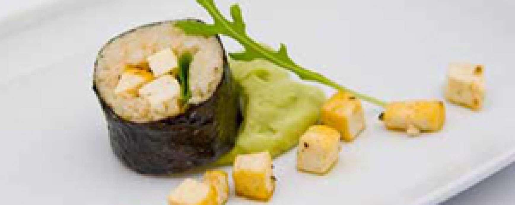 Cauliflower and bulgur sushi with spicy tofu and avocado-wasabi dip