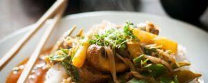 Thaise curry met asperges en champignons